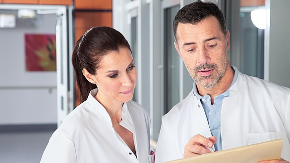 Compressione clinica medi - Compressione clinica medi